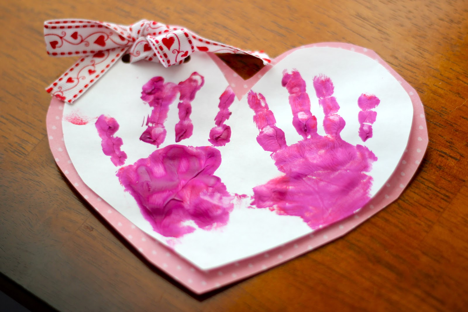 Toddler valentine s day project taylor joelle for Valentines day toddler crafts